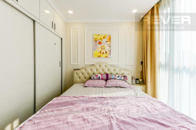 Phòng ngủ 2 Căn hộ Vinhomes Central Park 3PN đầy đủ nội thất, có thể dọn vào ở ngay