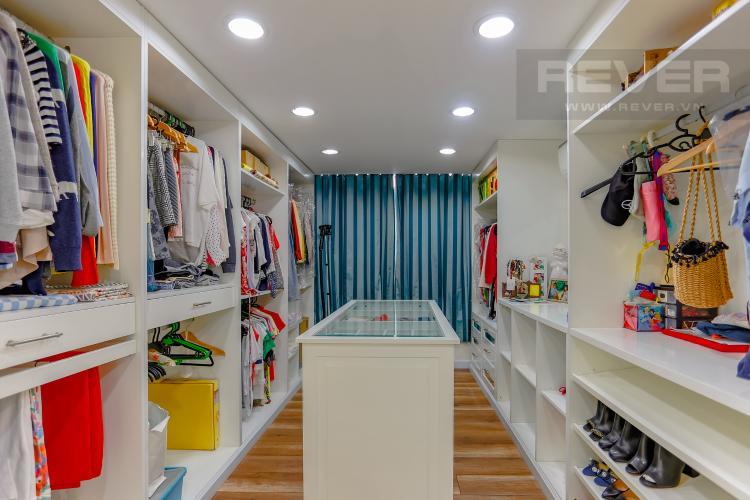 Phòng Để Đồ Duplex Phú Hoàng Anh 3 phòng ngủ view hồ bơi