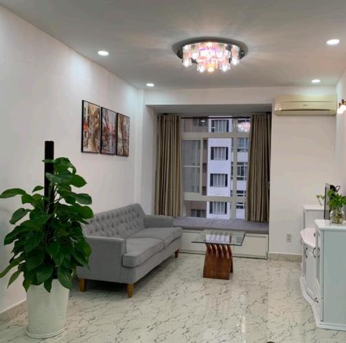 Phòng khách Sky Garden 3, Quận 7 Căn hộ Sky Garden 3 nội thất đầy đủ, hướng Đông.
