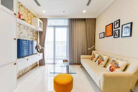Căn hộ Vinhomes Central Park 2 phòng ngủ tầng cao L3 đầy đủ nội thất