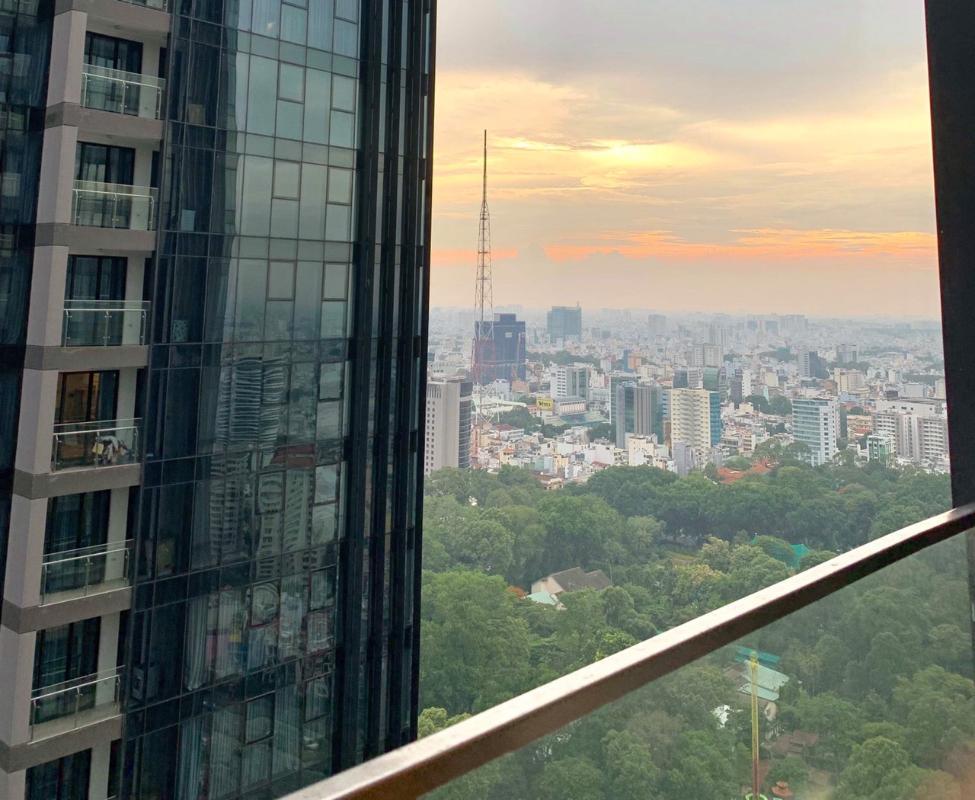 7 Bán căn hộ Vinhomes Golden River 1 phòng ngủ, tầng cao, đầy đủ nội thất, view sông Sài Gòn