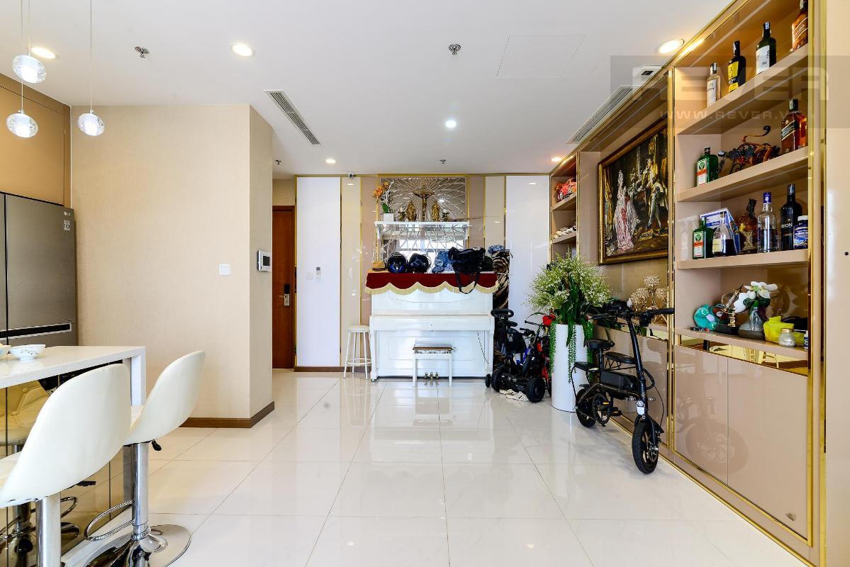 caaac5a1e161073f5e70 Bán căn hộ 3PN Vinhomes Central Park, nội thất cao cấp, view toàn cảnh thành phố