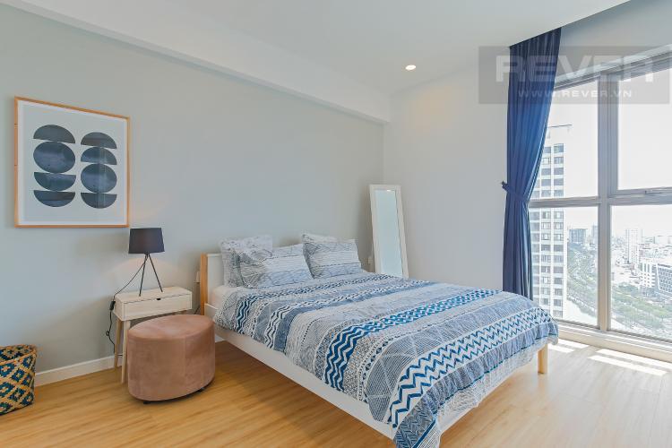 Phòng Ngủ 1 Bán hoặc cho thuê căn hộ Masteri Millennium tầng cao, 3PN 2WC, đầy đủ nội thất, view sông và Bitexco