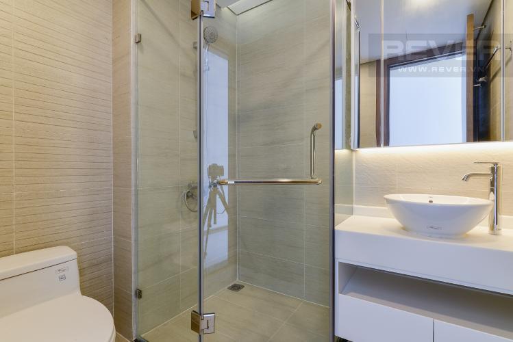 Phòng tắm 2 Căn góc Vinhomes Central Park 4 phòng ngủ, nội thất cơ bản, view sông