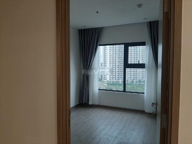 Phòng ngủ căn hộ Vinhomes Grand Park Căn hộ Vinhomes Grand Park nội thất cơ bản, view nội khu.