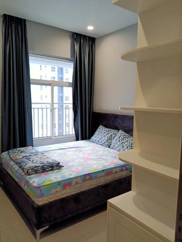 Phòng ngủ Sunrise Riverside, Nhà Bè Căn hộ tầng cao Sunrise Riverside đầy đủ nội thất, view nội khu.
