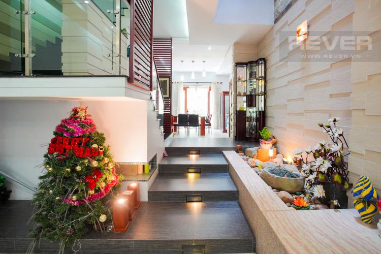 Lobby Cho thuê nhà phố 4 tầng đường 19, Q2, đầy đủ nội thất, view Landmark 81