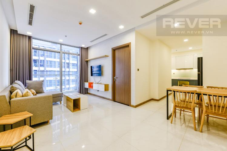 Phòng khách Căn hộ Vinhomes Central Park 2 phòng ngủ tầng trung P4 view công viên