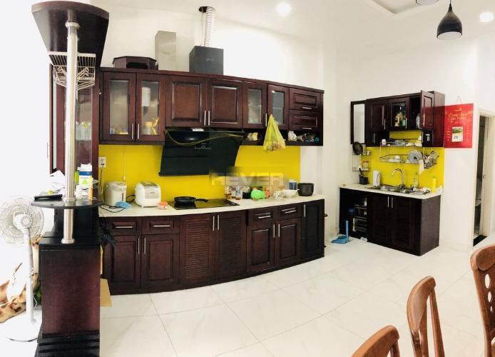 Phòng bếp nhà phố Thủ Đức Nhà phố quận Thủ Đức 80m2, đầy đủ nội thất, hẻm xe hơi.