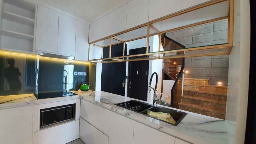 Bếp căn hộ Feliz En Vista Bán căn hộ thông tầng Feliz En Vista đầy đủ nội thất sang trọng.