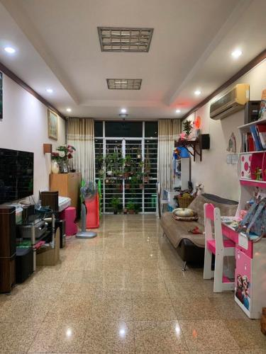 Bán căn hộ tầng thấp Hoàng Anh Gia Lai 1, nội thất đẩy đủ.