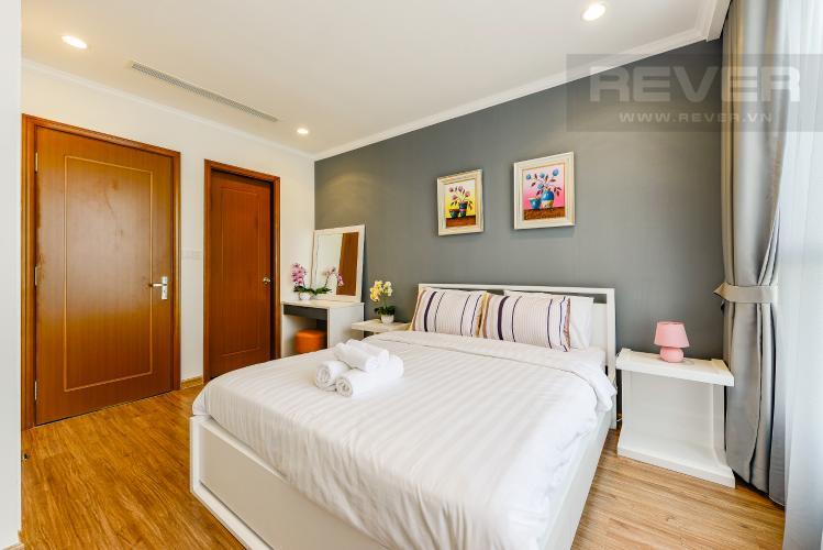 Phòng ngủ 1 Căn hộ Vinhomes Central Park 2 phòng ngủ tầng cao L3 nội thất đầy đủ