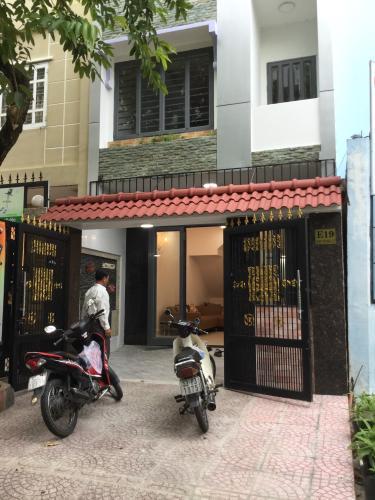 Bán nhà phố 4 tầng đường số 5B, phường Tân Hưng, Quận 7, diện tích đất 74.2m2, diệc tích sử dụng 199.3m2.