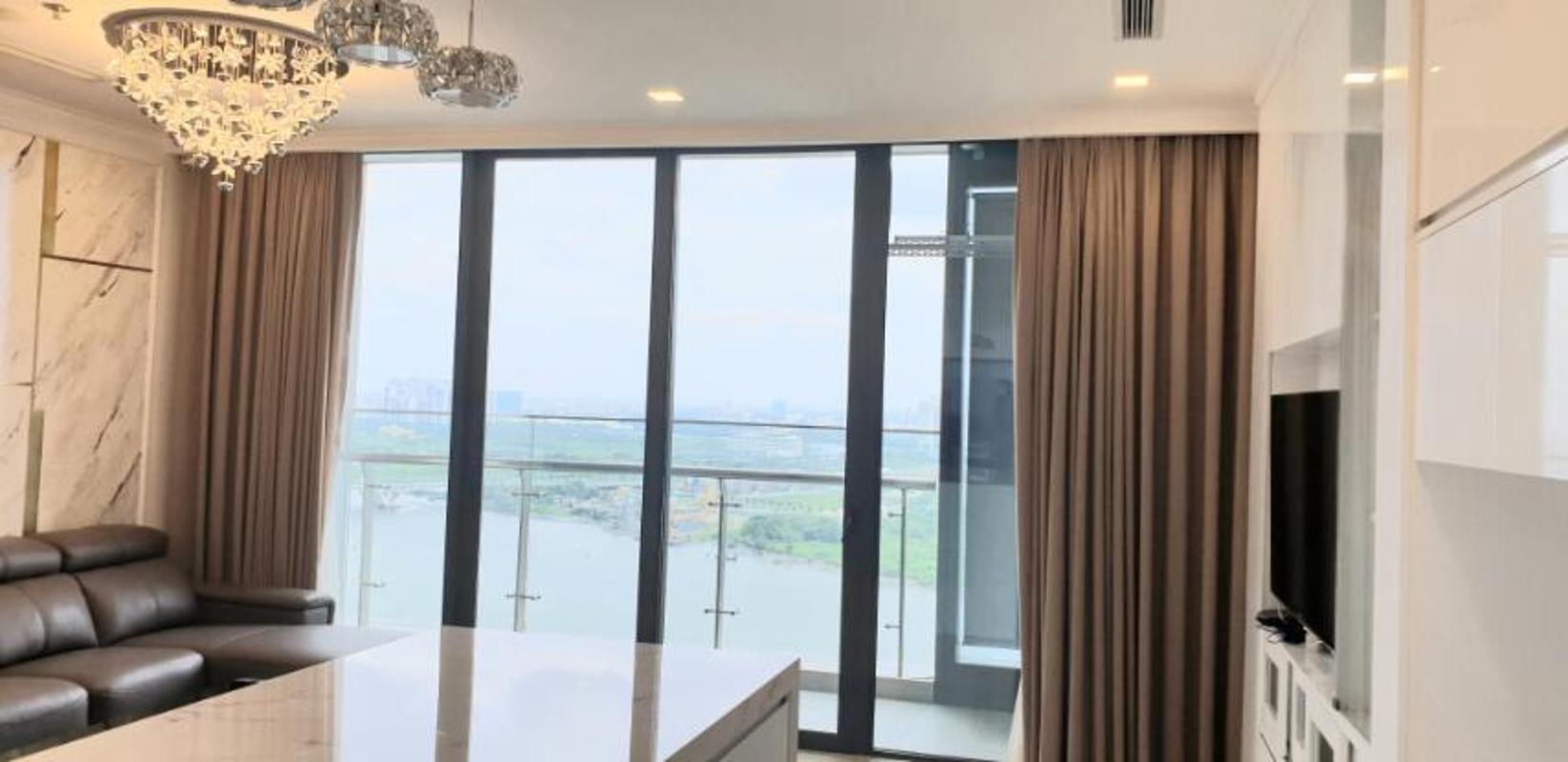 5 Cho thuê căn hộ Vinhomes Golden River 3PN, diện tích 118m2, đầy đủ nội thất, view sông thoáng mát