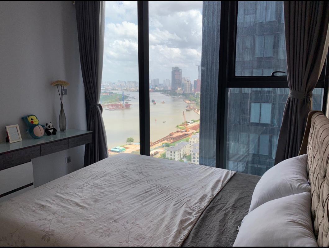 Phòng ngủ Bán hoặc cho thuê căn hộ Vinhomes Golden River 2PN, tháp The Aqua 2, diện tích 68m2, đầy đủ nội thất cao cấp, view Bitexco