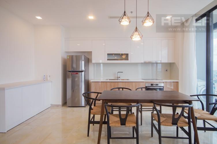 Phòng Ăn & Bếp Bán hoặc cho thuê căn hộ Vinhomes Golden River 3PN, tầng trung, đầy đủ nội thất, view sông Sài Gòn và Bitexco