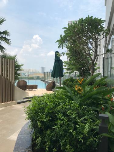 Tiện ích dự án Sunrise CityView Office-tel Sunrise CityView ban công Đông Nam, gam màu trắng.
