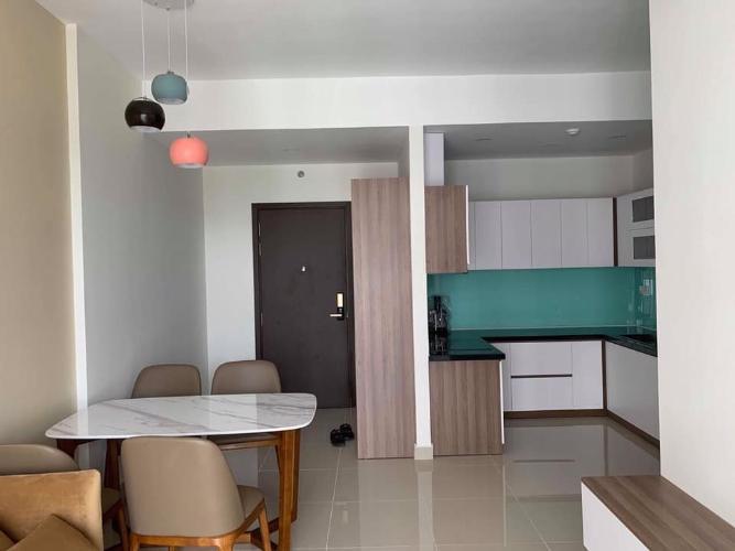 Cho thuê căn hộ tầng cao, nội thất cơ bản, view hồ bơi Sunrise Riverside.