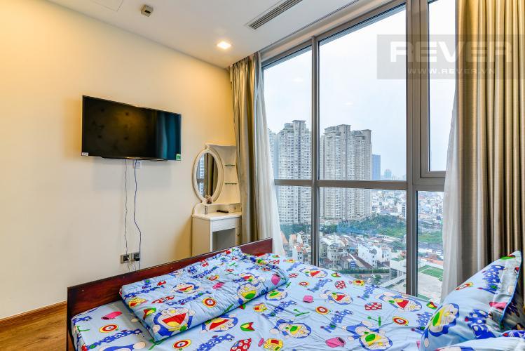 Phòng Ngủ 1 Bán và cho thuê căn hộ Vinhomes Central Park tầng cao 2PN đầy đủ nội thất
