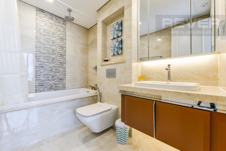 Phòng tắm 1 Căn hộ Vinhomes Golden River tầng trung, tháp Aqua 3, 3PN, full nội thất
