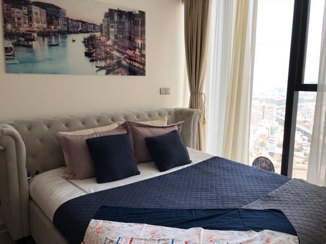 Cho thuê officetel Vinhomes Golden River 1PN, đầy đủ nội thất, hướng ban công Đông Bắc