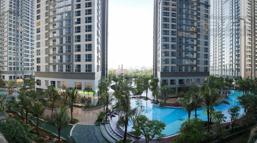 View Căn hộ Vinhomes Central Park 3 phòng ngủ tầng thấp P7 view hồ bơi