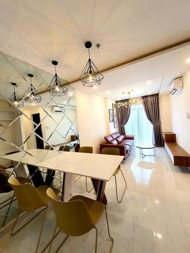 Cho thuê căn hộ 2 phỏng ngủ Terra Royal, diện tích 52m2, đầy đủ nội thất, dọn vào ở ngay.