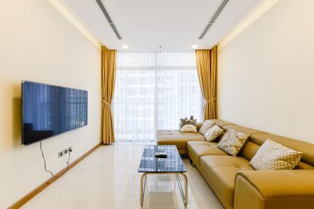 Căn hộ Vinhomes Central Park 2 phòng ngủ, tầng thấp P5, nội thất đầy đủ