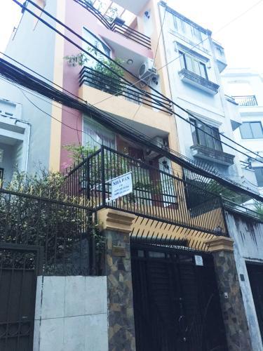 Mặt tiền nhà Hoàng Hoa Thám, Bình Thạnh Nhà phố Hoàng Hoa Thám 80.5m2, sân thượng thoáng mát.