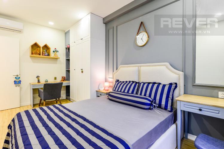 Phòng ngủ 2 Cho thuê căn hộ Masteri Millennium tầng cao, view sông 2PN đầy đủ nội thất