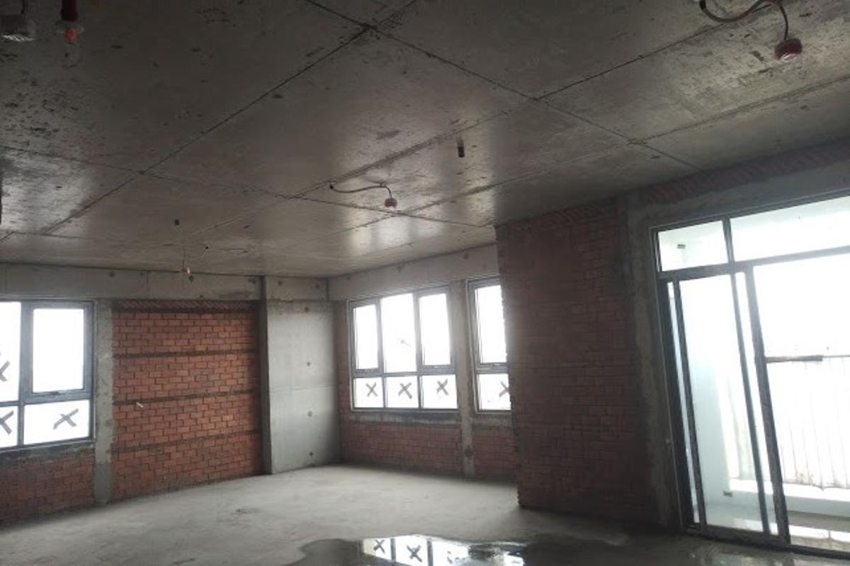 4 Bán hoặc cho thuê căn hộ Jamona Heights 2PN, tầng thấp, diện tích 72m2, đầy đủ nội thất, view hồ bơi