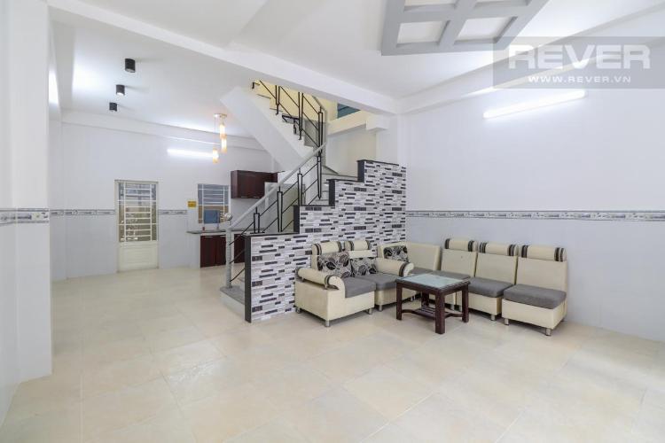 Bán nhà 2 tầng, hẻm 1041 Trần Xuân Soạn, Quận 7, nội thất cơ bản, sổ hồng chính chủ