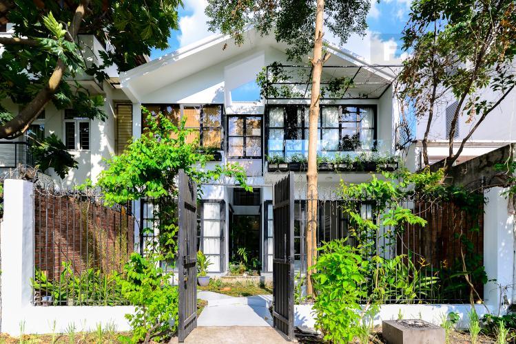Mặt Tiền Nhà Bán nhà phố 2 tầng, Đường Số 5, Villa Thảo Điền Compound Q.2, diện tích đất 143m2, đầy đủ nội thất