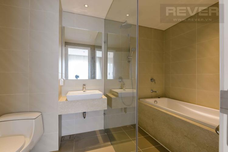 Toilet 2 Bán căn hộ Diamond Island - Đảo Kim Cương 3PN, đầy đủ nội thất, hướng Đông Nam và view sông thoáng mát