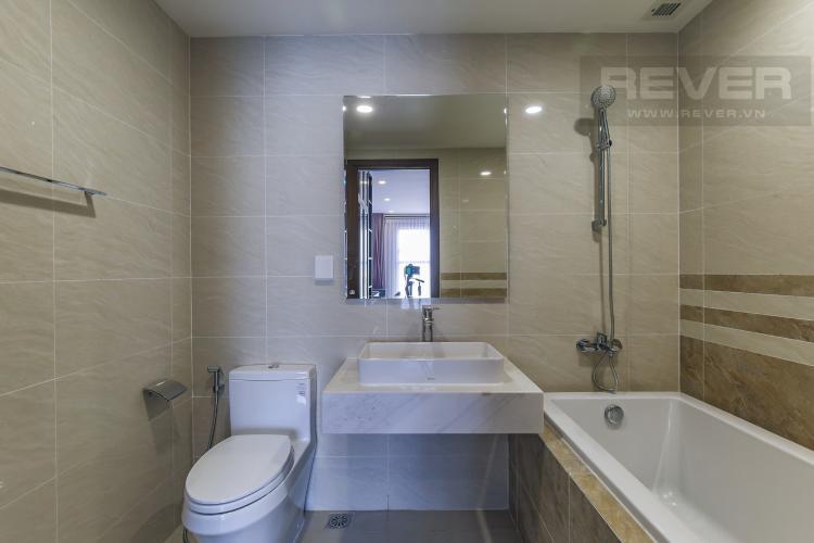 Phòng Tắm 1 Cho thuê căn hộ Saigon Royal 2PN, tầng cao, đầy đủ nội thất, view sông thoáng mát