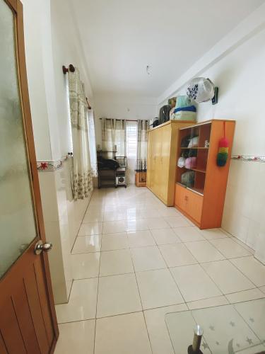 Phòng nhà phố Vĩnh Viễn, Quận 10 Nhà phố trung tâm quận 10, hướng Tây, đầy đủ nội thất.