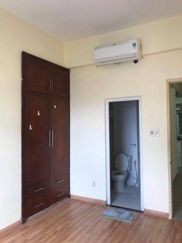 Chung cư Minh Thành nội thất cơ bản liền tường, view thoáng mát.