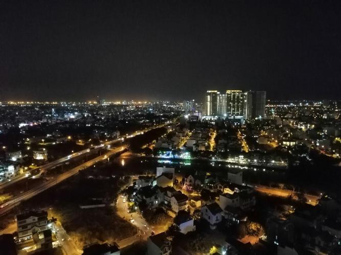 View cảnh căn hộ The Sun Avenue Căn hộ The Sun Avenue tầng cao, đón view thành phố.