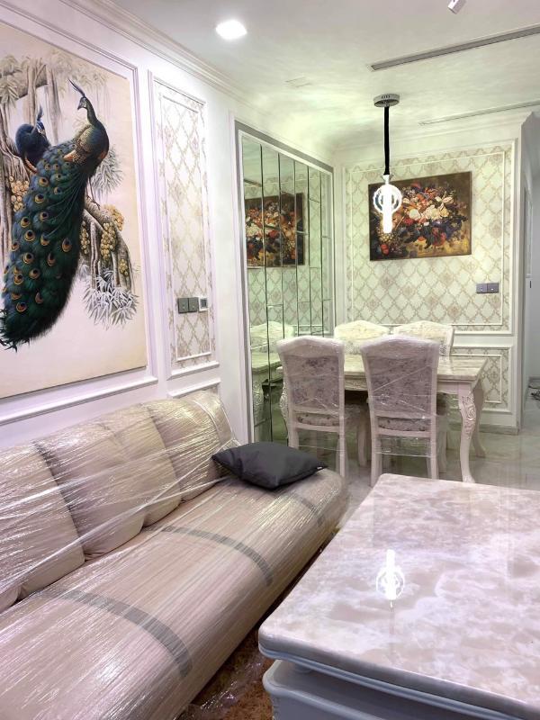 3 Bán căn hộ Vinhomes Golden River 1 phòng ngủ, tầng cao, đầy đủ nội thất, view sông Sài Gòn