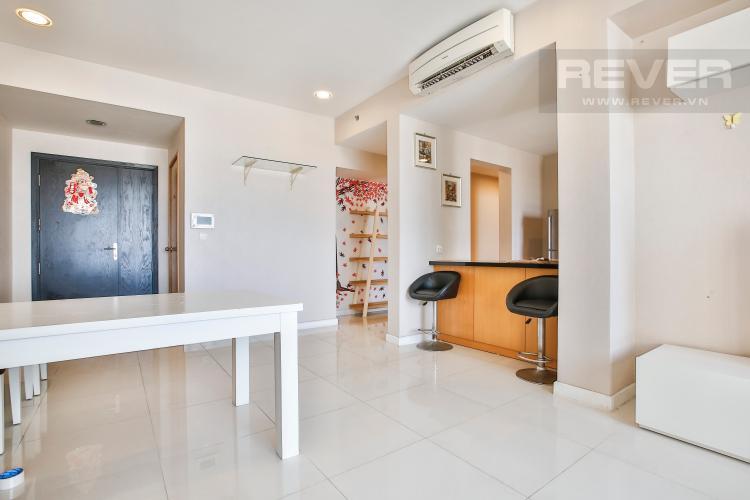 Phòng Khách Căn hộ Sunrise City 2 phòng ngủ tầng cao V2 hướng Đông