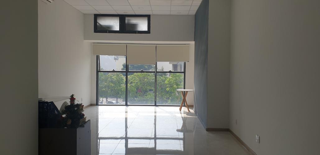 Không gian căn hộ The Sun Avenue, Quận 2 Căn hộ The Sun Avenue nội thất cơ bản sang trọng, view thành phố.