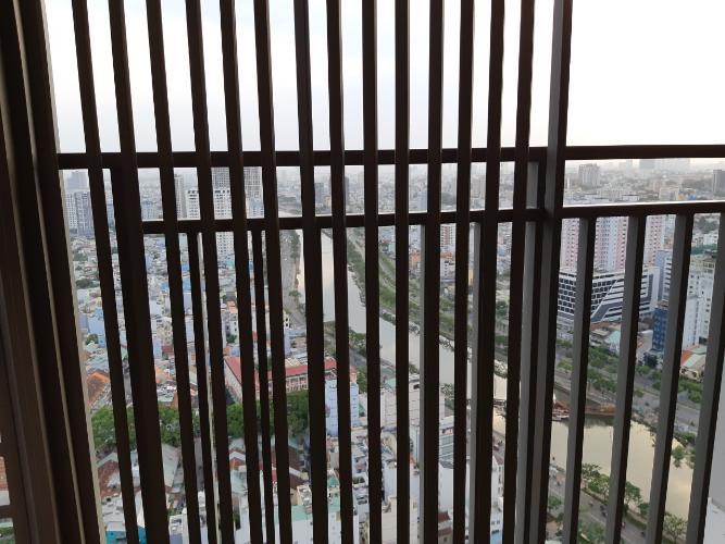 Ban công căn hộ RiverGate Residence Cho thuê căn hộ RiverGate Residence 2 phòng ngủ, diện tích 74m2, đầy đủ nội thất, view thành phố