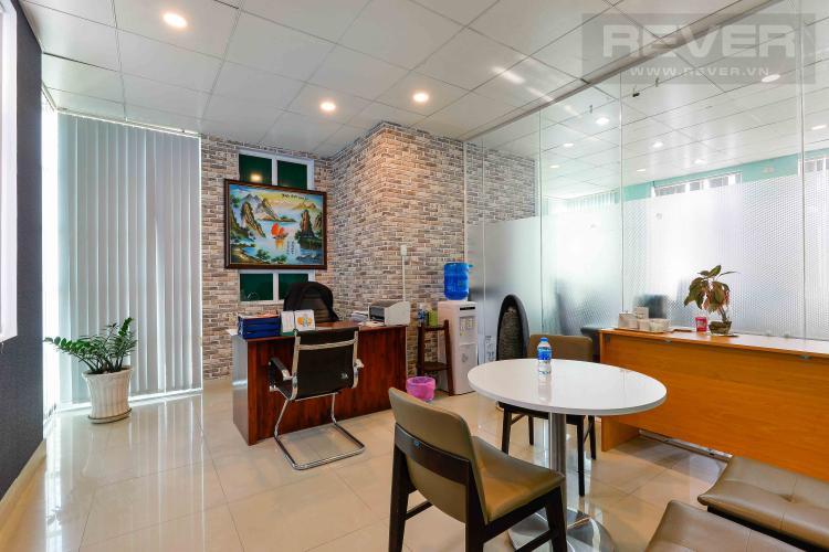 Tầng 1 Tòa nhà văn phòng cho thuê 1 trệt 3 lầu mặt tiền đường Lương Định Của, Quận 2