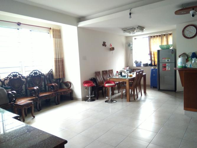 Căn hộ chung cư Phú Lợi 1 cửa chính hướng Đông, view công viên.