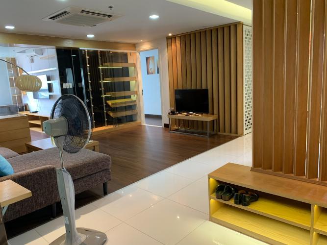 phòng khách căn hộ TROPIC GARDEN Bán căn hộ Tropic Garden tầng trung, diện tích 200m2