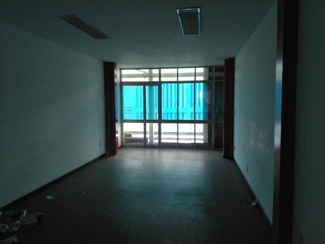 phòng ngủ  Nhà phố hướng Đông Bắc, đường xe hơi rộng rãi, 160m2.