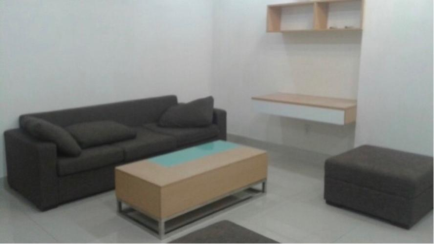 Bán căn hộ tầng thấp Him Lam Riverside 3, view hồ bơi nội khu.