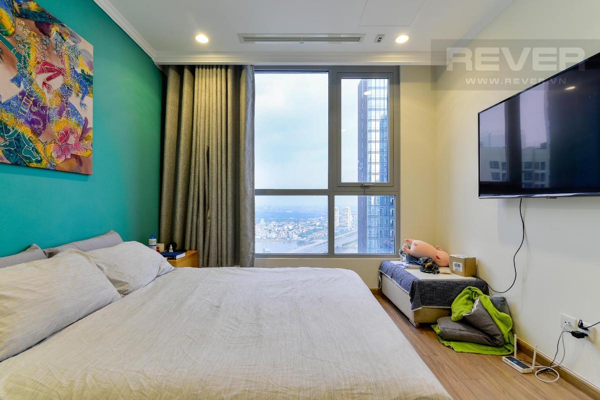 00f8d1ba8dee74b02dff Bán căn hộ Vinhomes Central Park 3PN, đầy đủ nội thất, view sông và nội khu