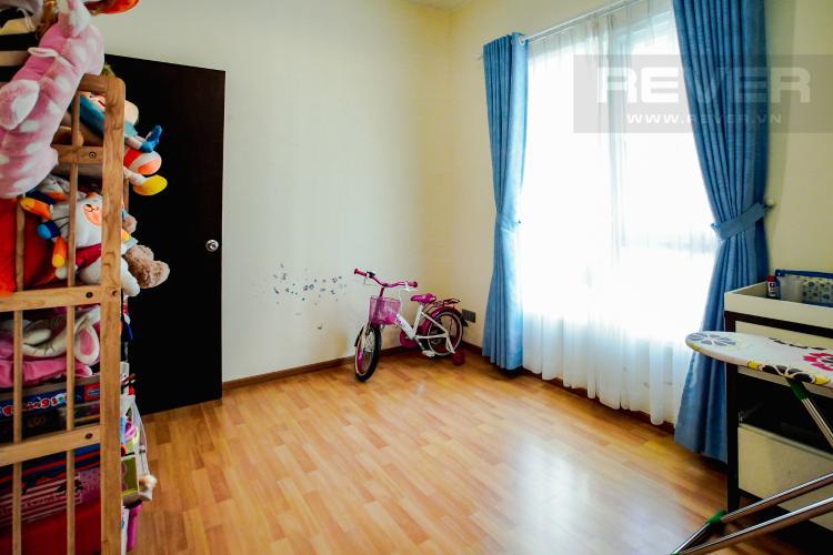 Phòng Ngủ 2 Căn hộ Chung cư Phú Mỹ tầng cao, 3PN, nội thất đầy đủ, view hồ bơi