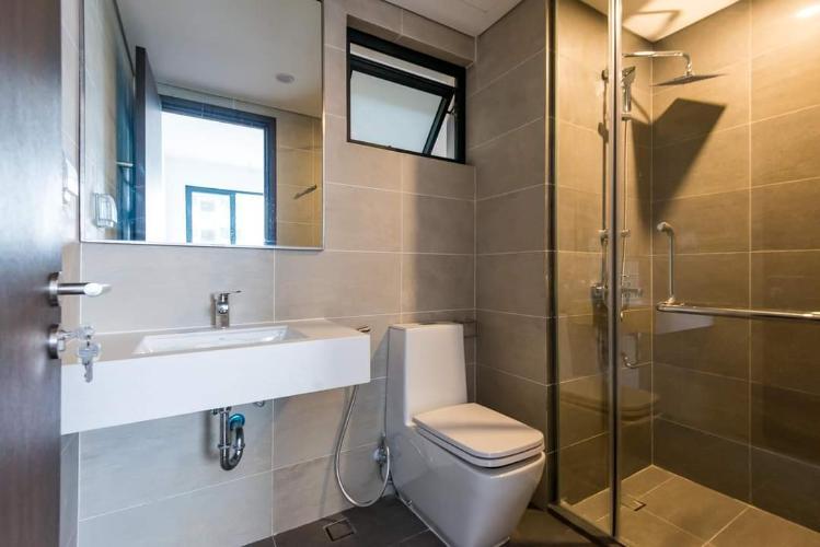 Phòng tắm One Verandah Quận 2 Căn hộ One Verandah tầng thấp, view sông thơ mộng.